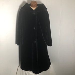 Womens Black Fur Coat. Size large. Like New